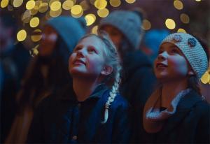 Telia gir borettslag en eventyrlig start på julen i ny reklamefilm
