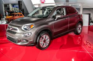 2016 Fiat 500X First Look - Motor Trend