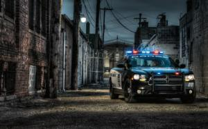 2012 Dodge Charger Pursuit Photo Gallery - Motor Trend