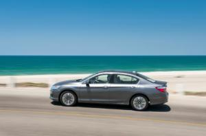 2014 Honda Accord Hybrid Touring Long-Term Update 3 - Motor Trend