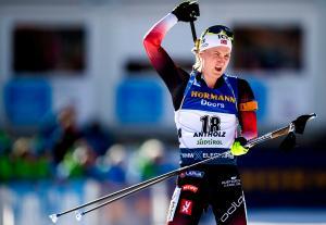 - Skiskytingsjubel med strafferunder i NRK