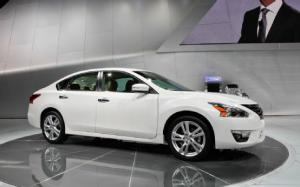 2013 Nissan Altima First Look - 2012 New York Auto Show - Motor Trend