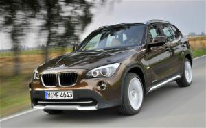 2011 BMW X1 First Drive and Review - Motor Trend