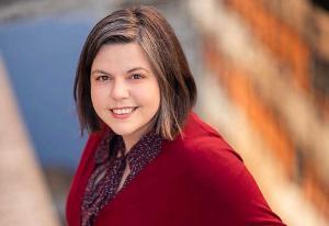 Kaia Tetlie rakk å bli PR-sjef før hun fylte 35 år: - Jeg trives utrolig godt