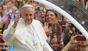 'Deus não precisa ser defendido por ninguém e não quer que o seu nome seja usado para aterrorizar as pessoas', diz postagem do líder da Igreja Católica