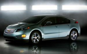 2011 Chevrolet Volt - Engineering Excellence - 2011 Car of the Year - Motor Trend