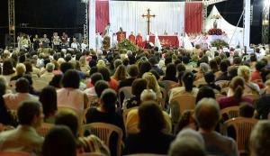 Em ano eleitoral, Assembleia e Câmaras aprovam normas para incluir igrejas na lista de atividades essenciais, o que envolve diretamente os interesses políticos dos parlamentares