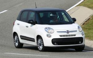 Fiat 500L Prototype First Drive - Motor Trend