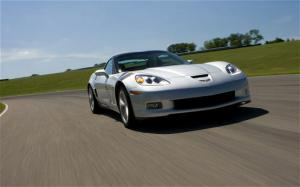 2010 Chevrolet Corvette Grand Sport First Test - Testing the Vette Grand Sport - Motor Trend
