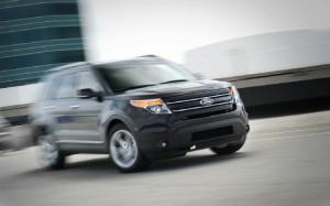 2013 Ford Explorer Limited 4WD First Test - Motor Trend