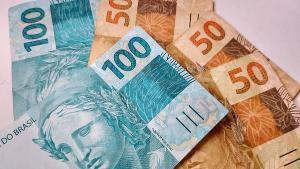 Trabalhadores poderão realizar o saque em dinheiro ou transferir os valores depositados em conta poupança digital, de acordo com o mês de nascimento