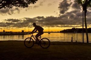Os registros do fotógrafo Vitor Jubini, de A Gazeta, mostram o nascer do sol nesta quarta-feira (8) em Camburi e na Praia do Canto