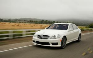 2012 Mercedes-Benz S63 AMG First Test - Motor Trend