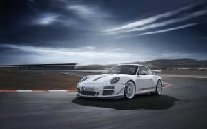 2011 Porsche 911 GT3 RS 4.0 First Look - Motor Trend