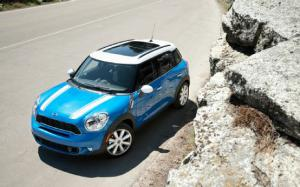 2011 Mini Cooper S Countryman ALL4 Long-Term Update 4 - Motor Trend