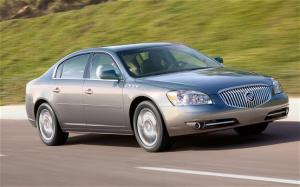 2011 Buick Lucerne Photo Gallery - Motor Trend