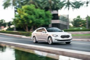 2015 Kia K900 V-8 Long-Term Update 5 - Motor Trend