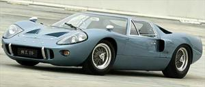 1967 Ford GT40 Mk III - Motor Trend Archive