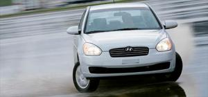 2006 Hyundai Accent - 2006 Motor Trend Car of the Year Contender - Motor Trend