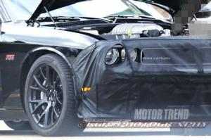 We Hear: 2015 Dodge Challenger SRT Hellcat Debuting in Detroit?