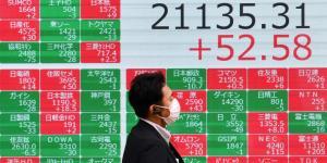 Some Global Markets Buck U.S. Declines