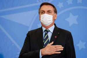 Apenas 34% dos brasileiros acreditam que o governo federal está lidando bem com a pandemia, segundo o Índice de Percepção da Democracia. É a pior avaliação mundial, entre os 53 países pesquisados