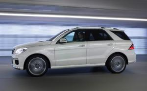 2013 Mercedes-Benz ML63 AMG First Drive - Motor Trend