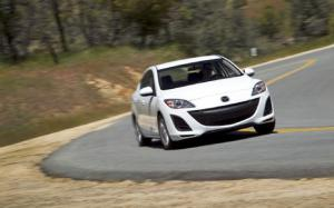2011 Mazda3 Touring vs 2011 Mazda3 Grand Touring By the Numbers - Motor Trend
