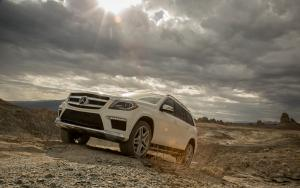 2013 Motor Trend SUV of the Year: Mercedes-Benz GL - Motor Trend