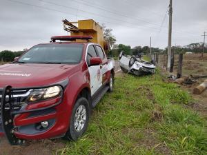 Os cinco ocupantes do veículos foram socorridos com ferimentos leves e encaminhados a um hospital da cidade