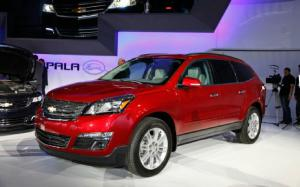 2013 Chevrolet Traverse First Look - Motor Trend