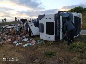 O acidente aconteceu na noite deste sábado (1°) na Rodovia ES 446, em Baixo Guandu, região Noroeste do ES