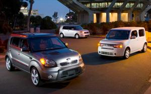 2010 Kia Soul Sport vs 2009 Nissan Cube 1.85 vs 2009 Scion xB - Exterior and Interior - Comparison - Motor Trend