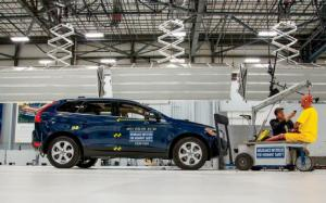 Crash! A Volvo XC60 Takes the IIHS' Small Overlap Test - Motor Trend