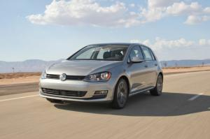 2015 Volkswagen Golf TDI First Test - Motor Trend