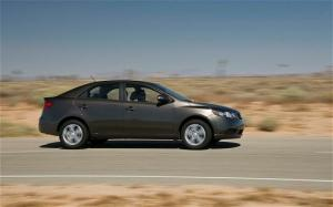2010 Kia Forte EX First Test - Motor Trend