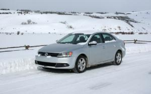 Our Cars: 2011 Volkswagen Jetta TDI – A Tale of Two Toyo Tires