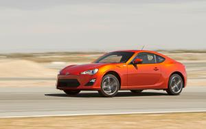 2013 Scion FR-S First Test - Motor Trend