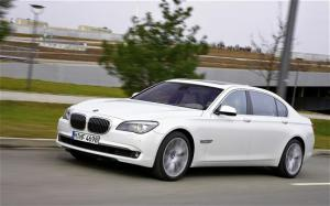 2010 BMW 760Li review and photos - 2010 BMW 7 Series first drive - Motor Trend