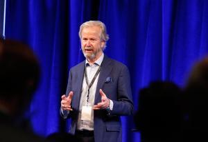 Rubrikkfest for Schibsted-eier – flagger salg for flere hundre millioner   Kampanje