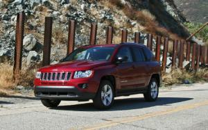 2013 Jeep Compass Latitude 4X4 First Test - Motor Trend