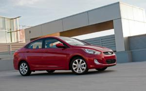 2012 Hyundai Accent SE First Test - Motor Trend