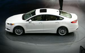 2013 Ford Fusion First Look - Motor Trend
