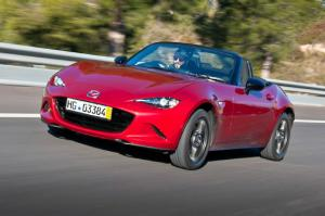 2016 Mazda MX-5 Miata Japan-Spec Steering - Motor Trend