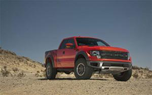 2010 Ford F-150 SVT Raptor First Drive - Ford Raptor desert drive and photos - Motor Trend