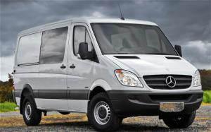 2011 Mercedes-Benz Sprinter Crew Van Photo Gallery - Motor Trend