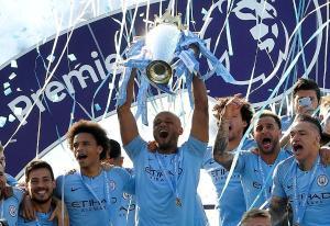 Premier League er en pengemaskin - selger tv-fotball for over 100 milliarder
