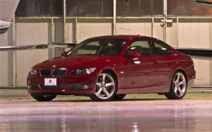 2009 BMW 335i Coupe First Drive and Review - Motor Trend