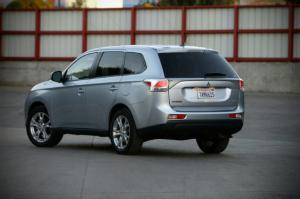 2014 Mitsubishi Outlander SE S-AWC Long-Term Update 3