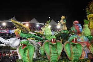 Na última quinta-feira (27), Thiago Bandeira, presidente da escola de samba Andaraí, que subiu para o Grupo Especial, notou que cerca de 12 esculturas foram furtadas do Tancredão, em Vitória